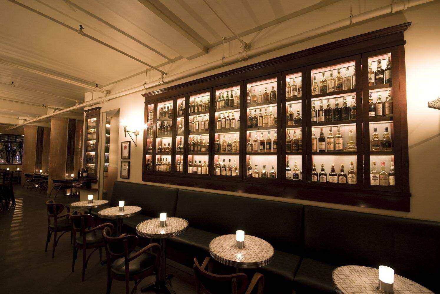 Le Whisky Café, Montréal