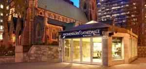 Promenades de la Cathédrale, Shopping, Montréal